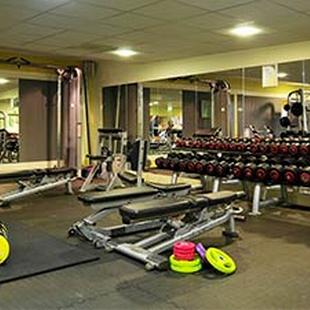 Farnham gym weights area