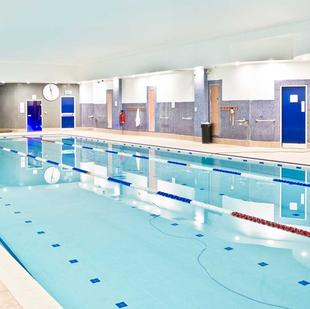 Oxfordshire Fitness and wellbeing swimming pool