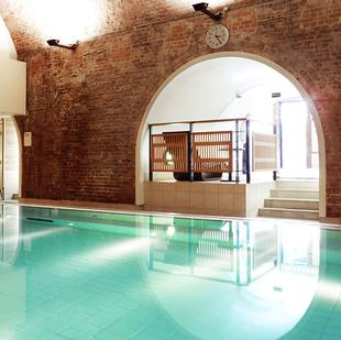 City fitness and wellbeing gym swimming pool