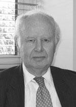 Dr Roger Bucknall