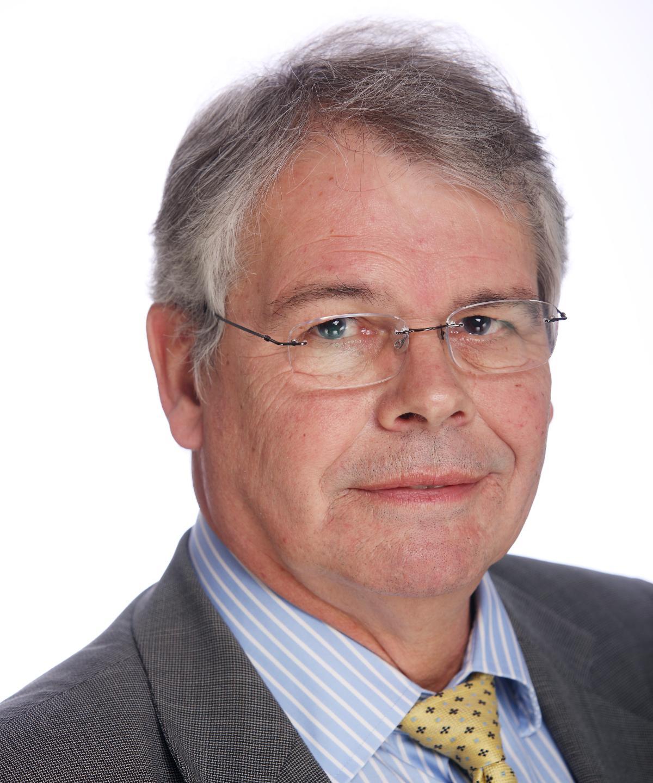 Mr Gareth Morris