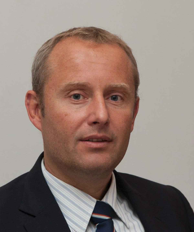 Mr Peter Thompson