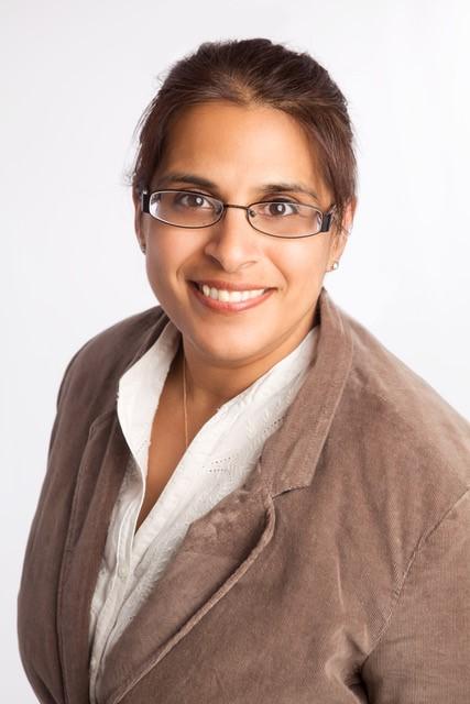 Ms Kuldeep Stohr