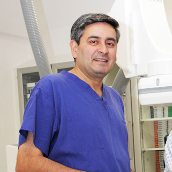 Dr Suneel Talwar