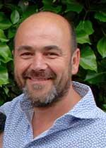 Dr Riaan Swanepoel