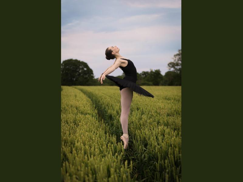 Padua Eaton ballet dancer
