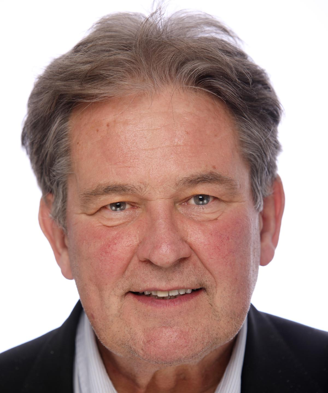 Mr Bruce McLeod