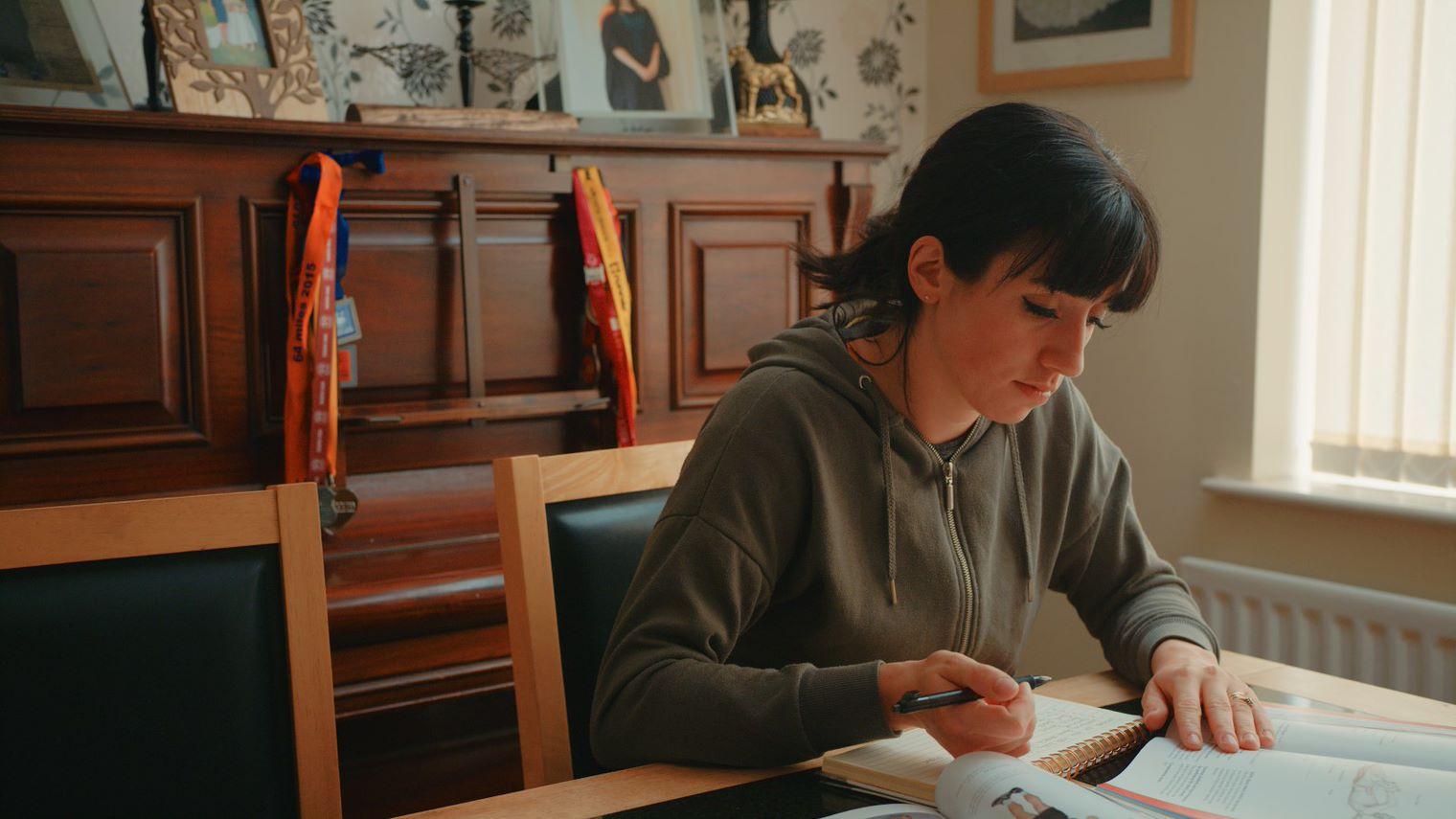 Jodie studying