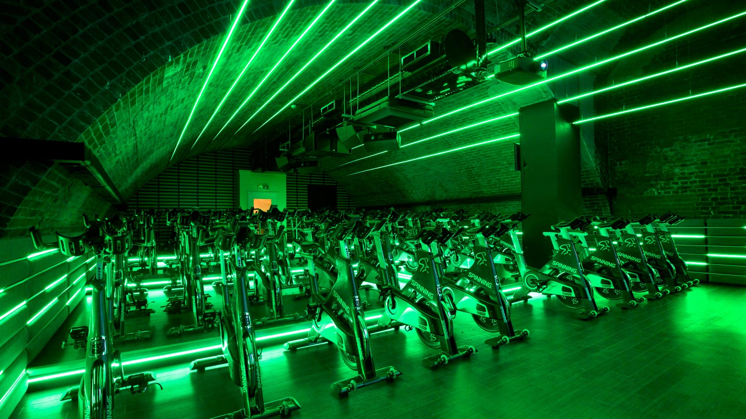 City gym spin studio