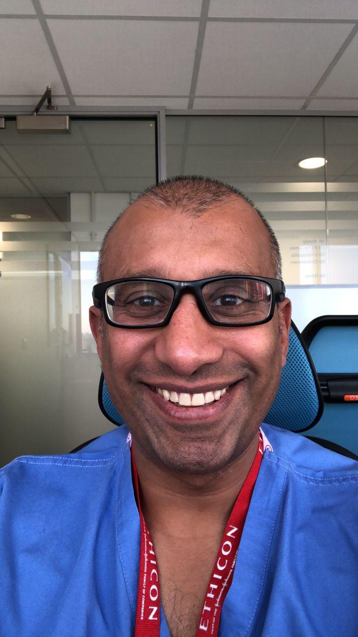 Mr Praminthra  Chitsabesan