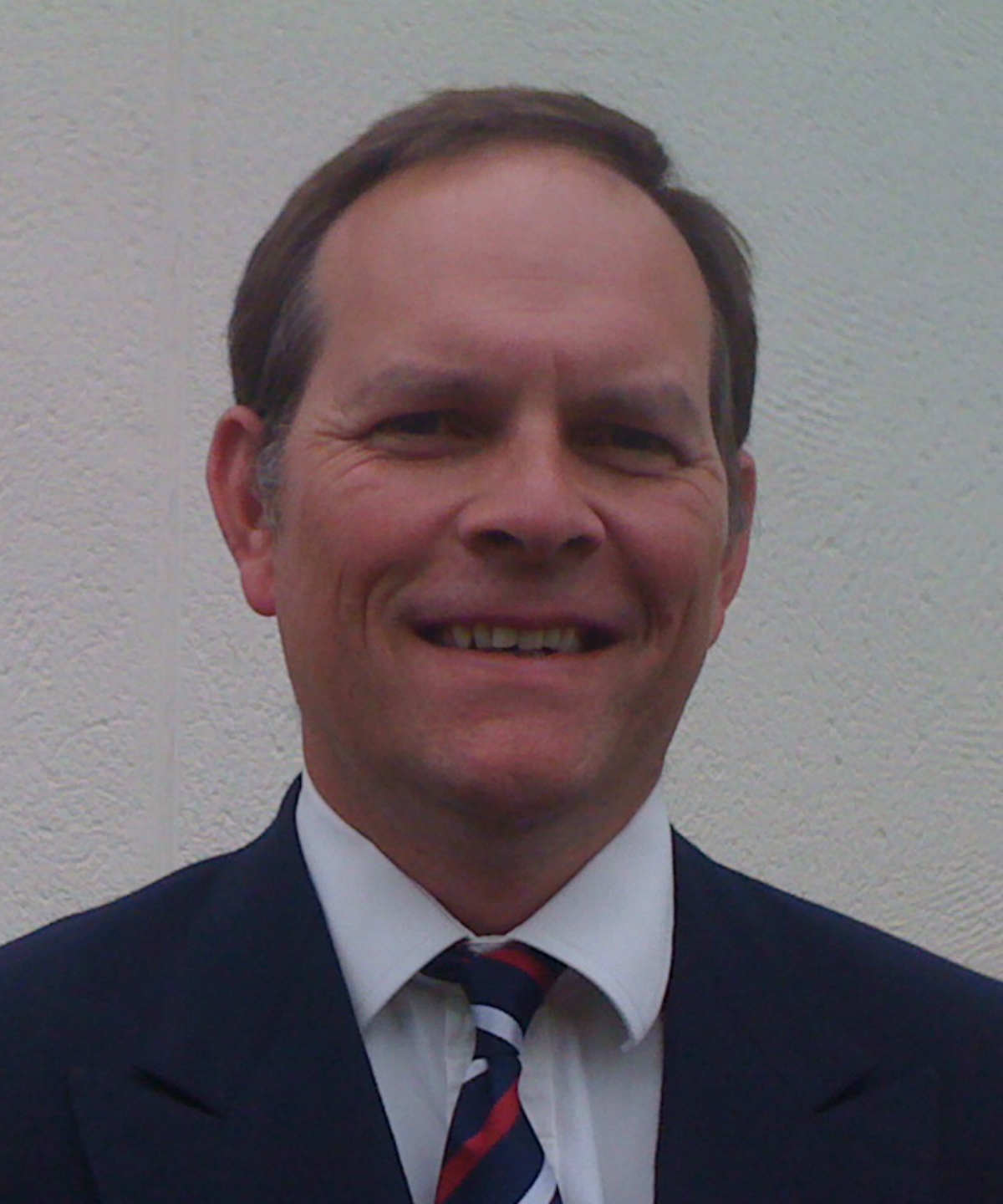 Dr Justin Pepperell