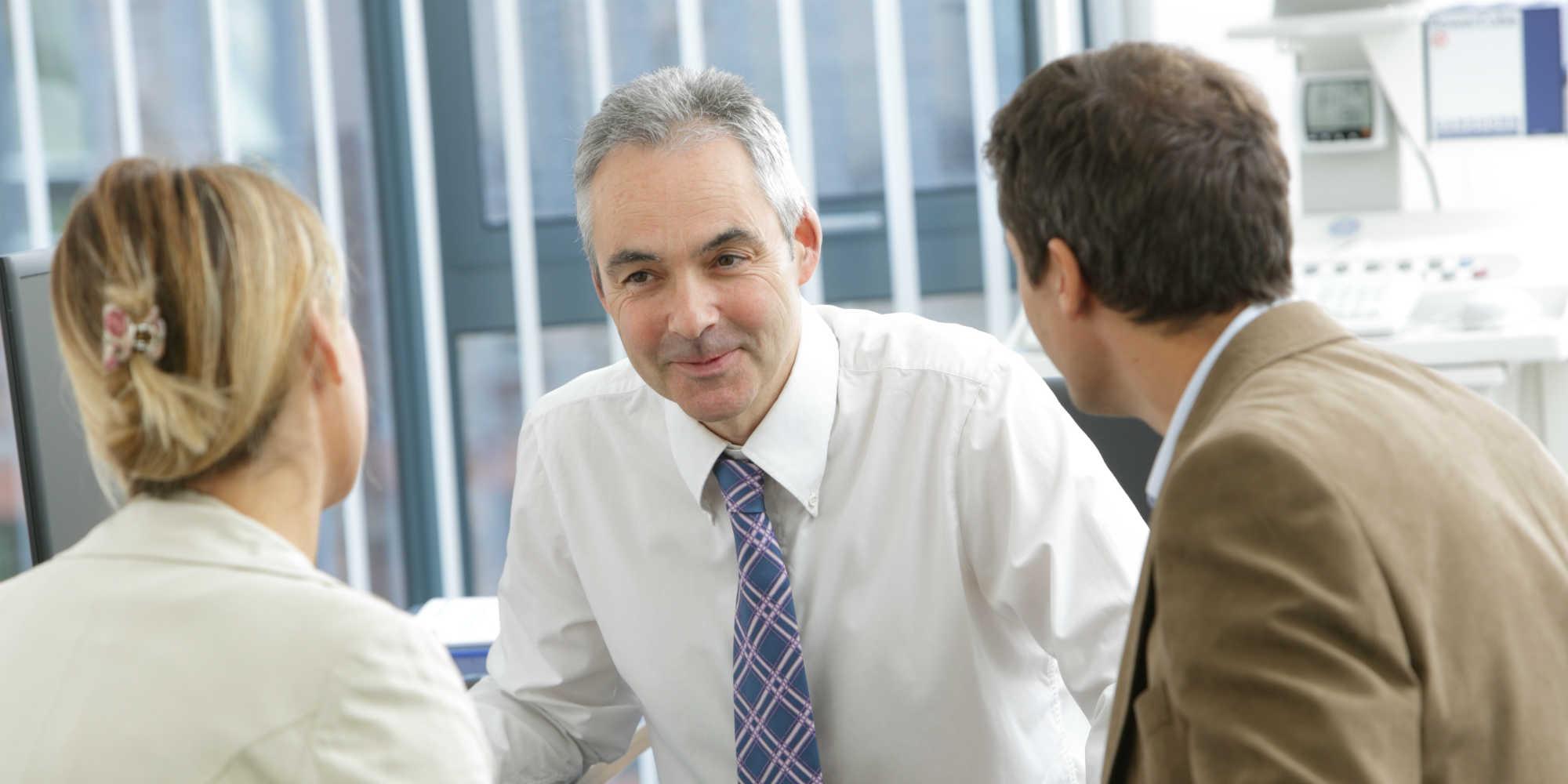 Consultant in session