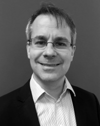 Dr Arnd Dominik Schlosshan