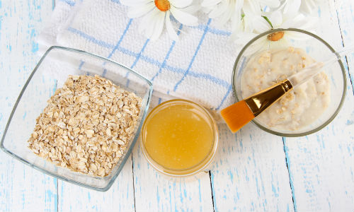 Vitamin D face mask with oats, egg and yoghurt