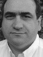 Dr Dennis Yiannakis