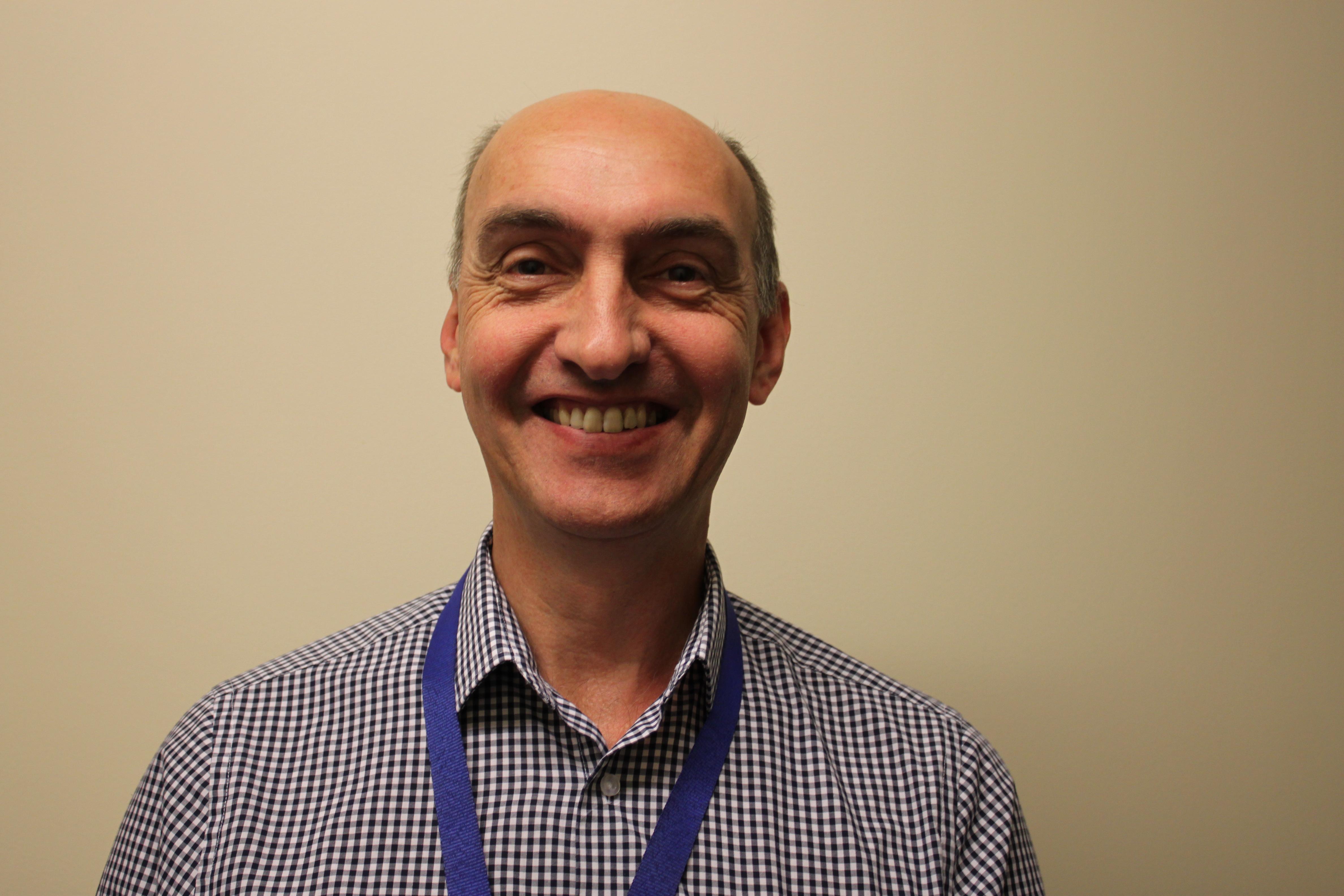 Mr David Bennett