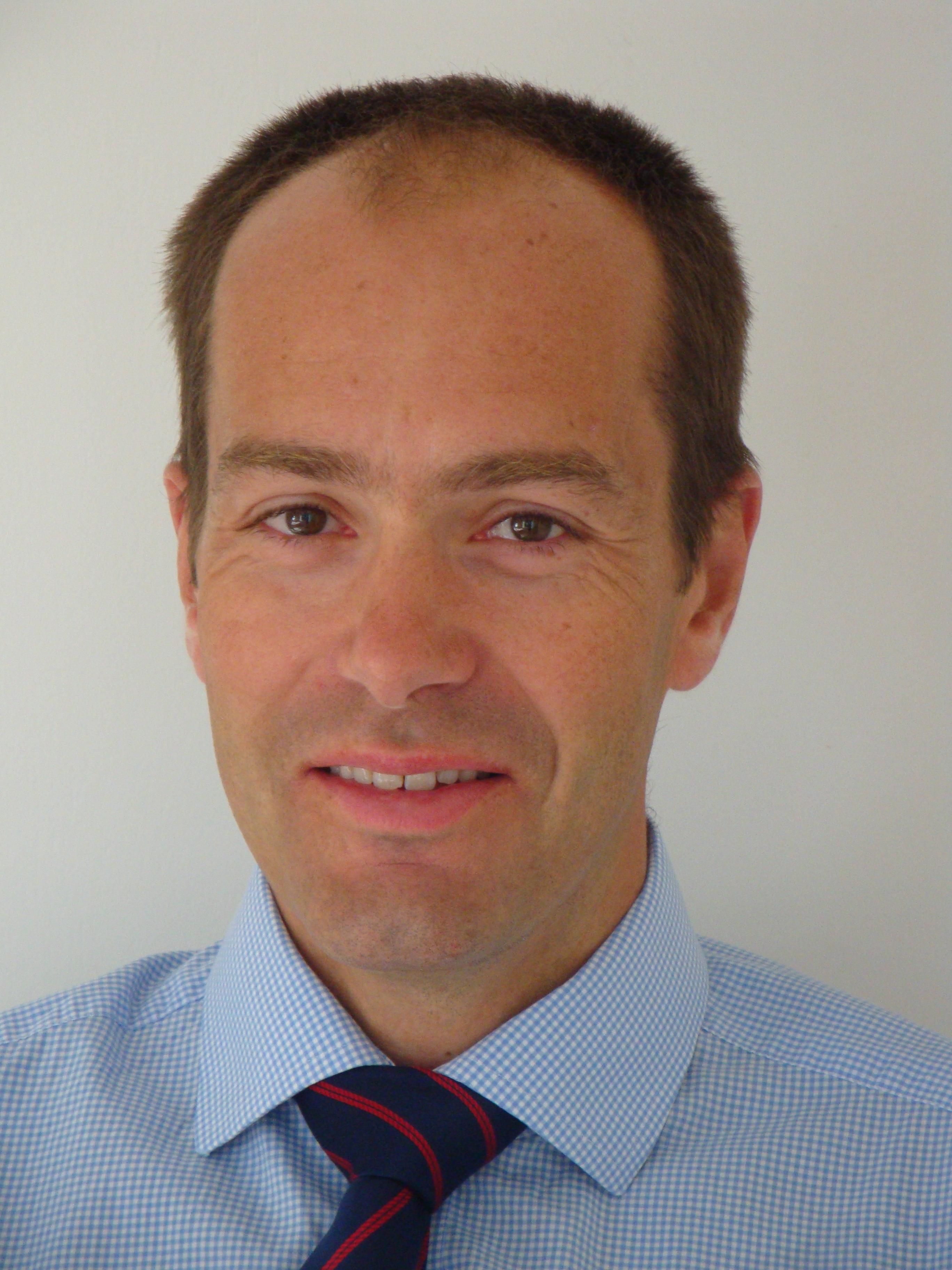 Mr Simon Wilkinson