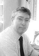 Dr Lawrence Benner