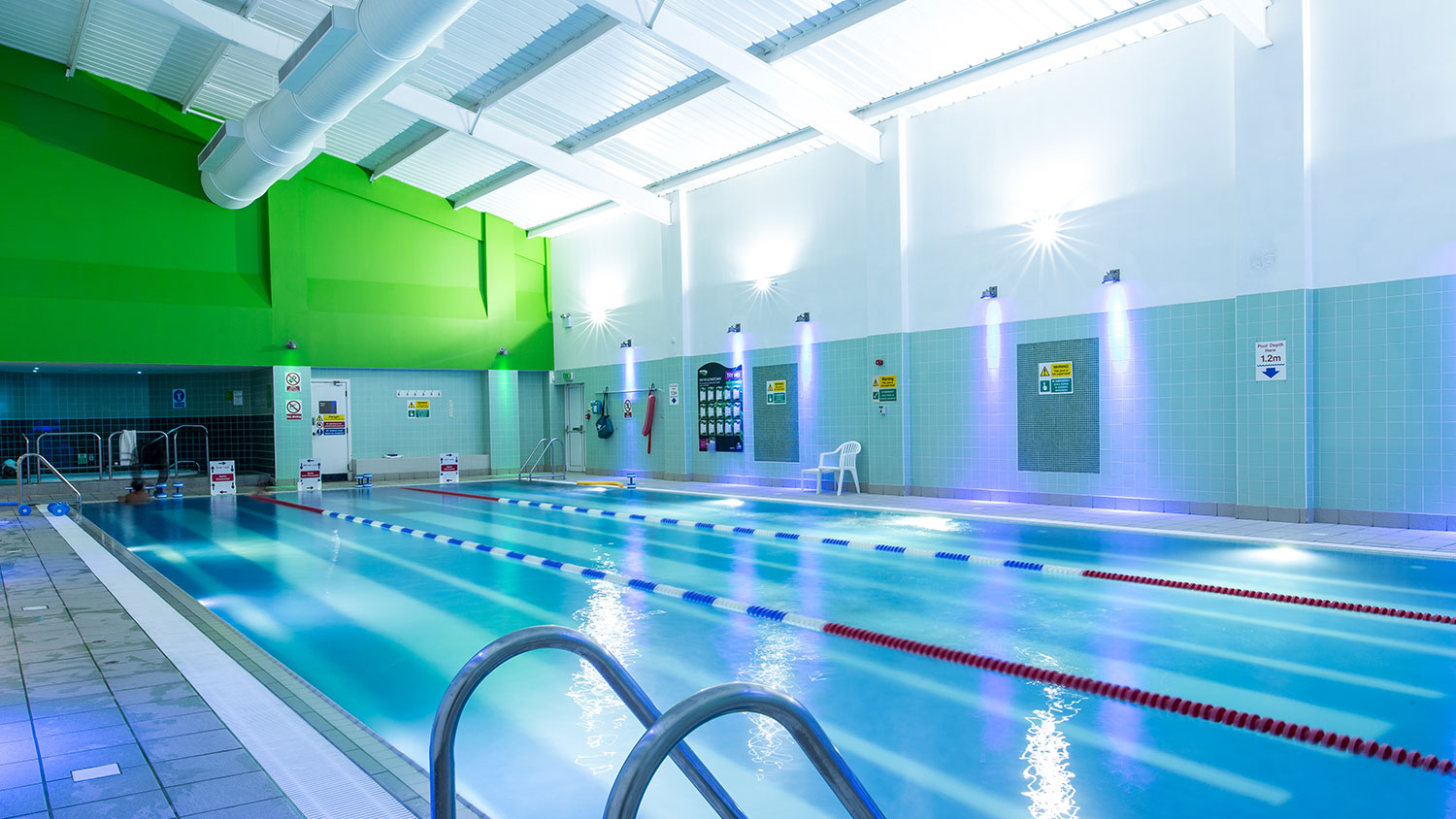 Brondesbury Park gym swimming pool