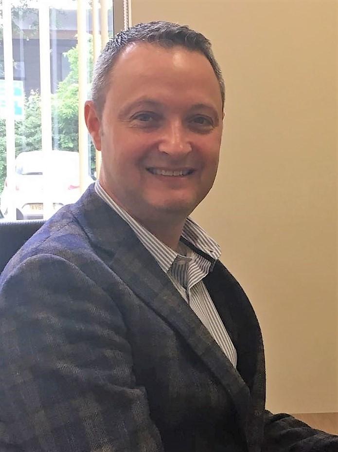 Dr Andrew Klein