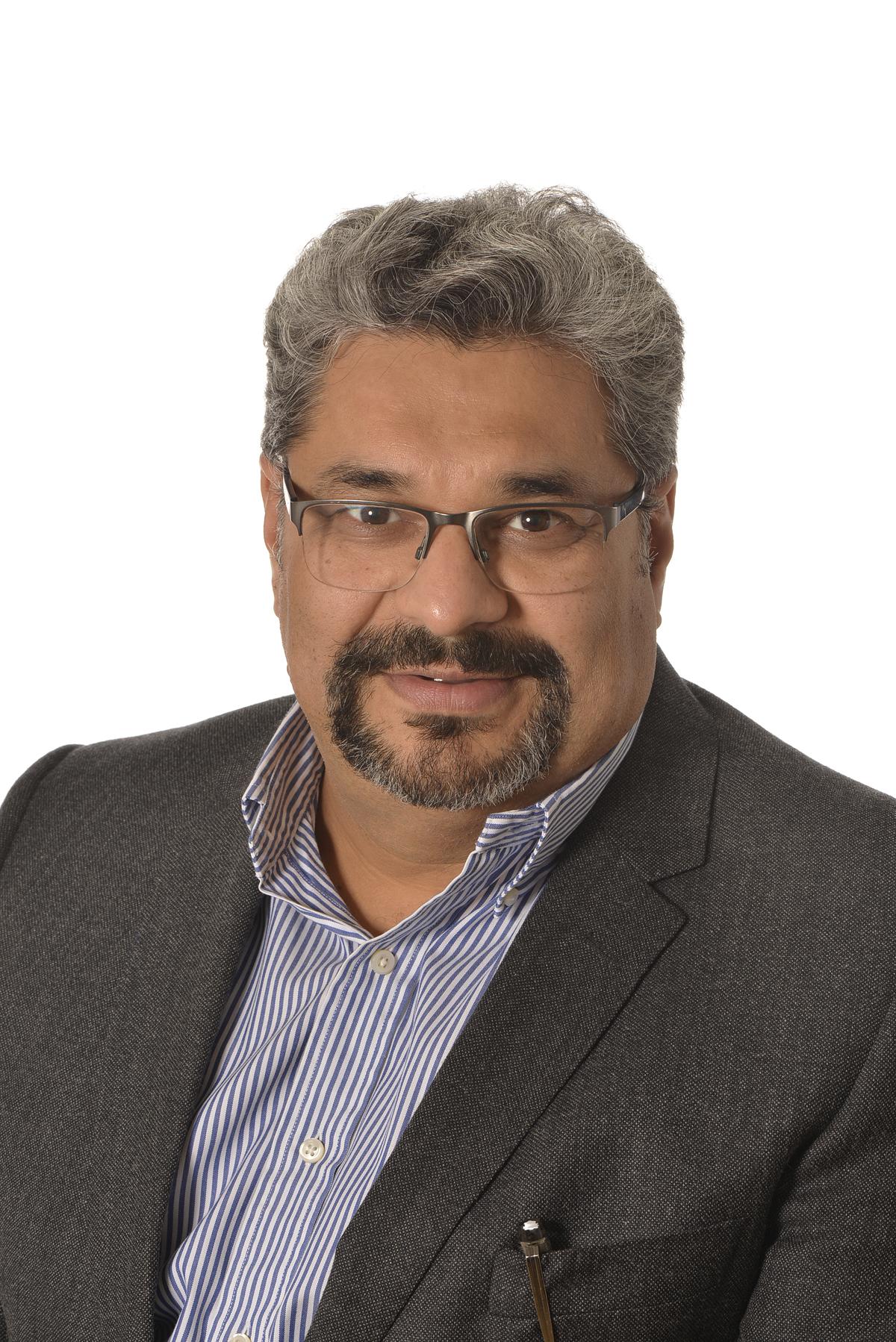 Mr Iqroop Chopra