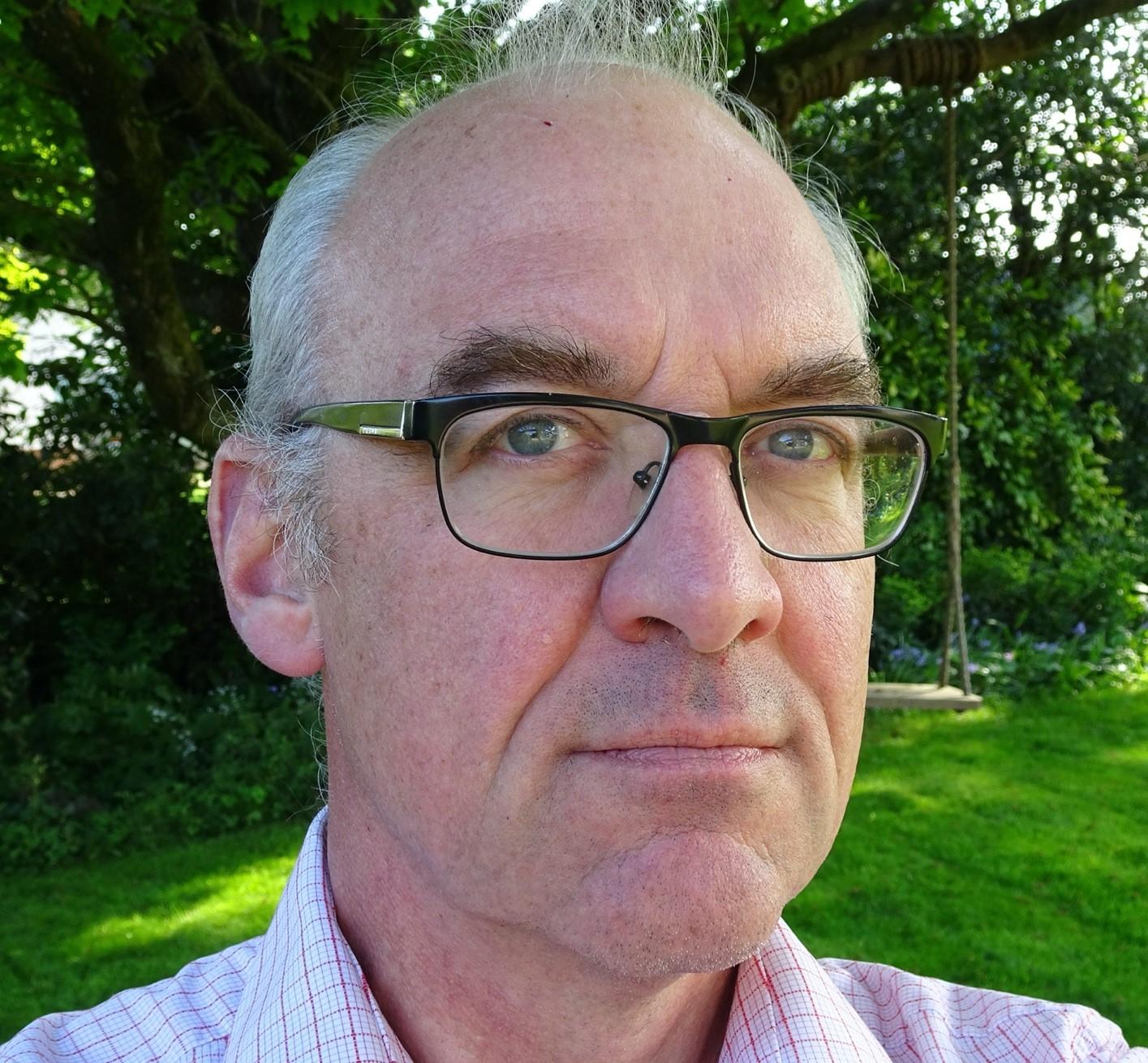 Mr Philip Scott