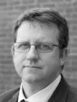 Dr Simon Fynn