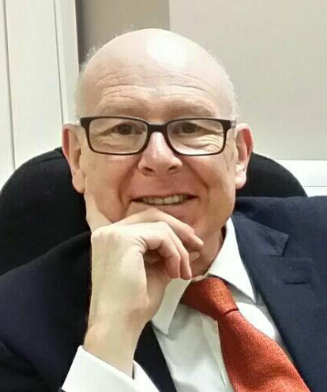 Mr Richard Bickerton
