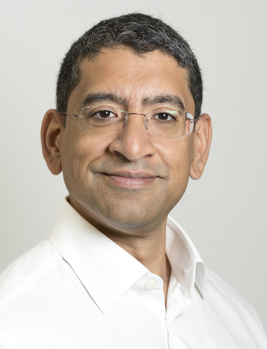 Mr  Sajid  Shariff