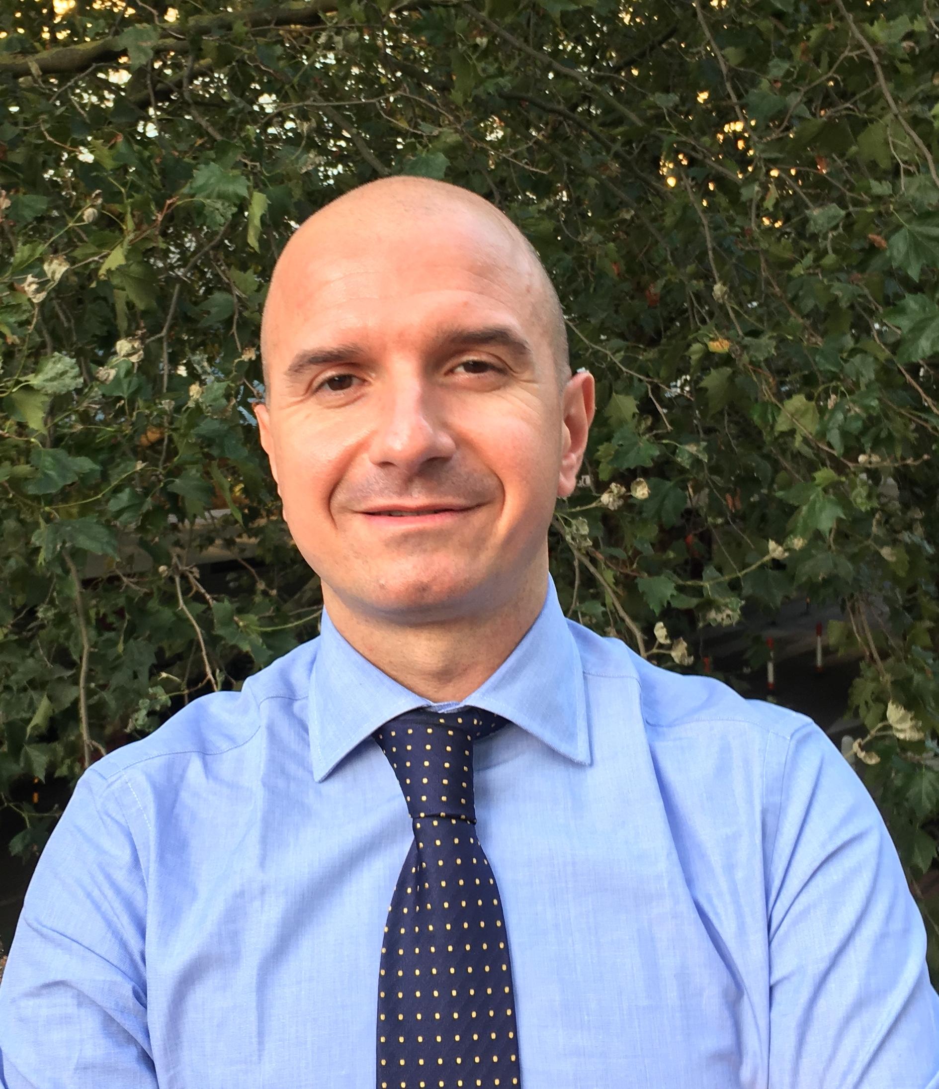 Mr  Lukla  Biasi