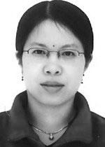 Dr Kim Varma