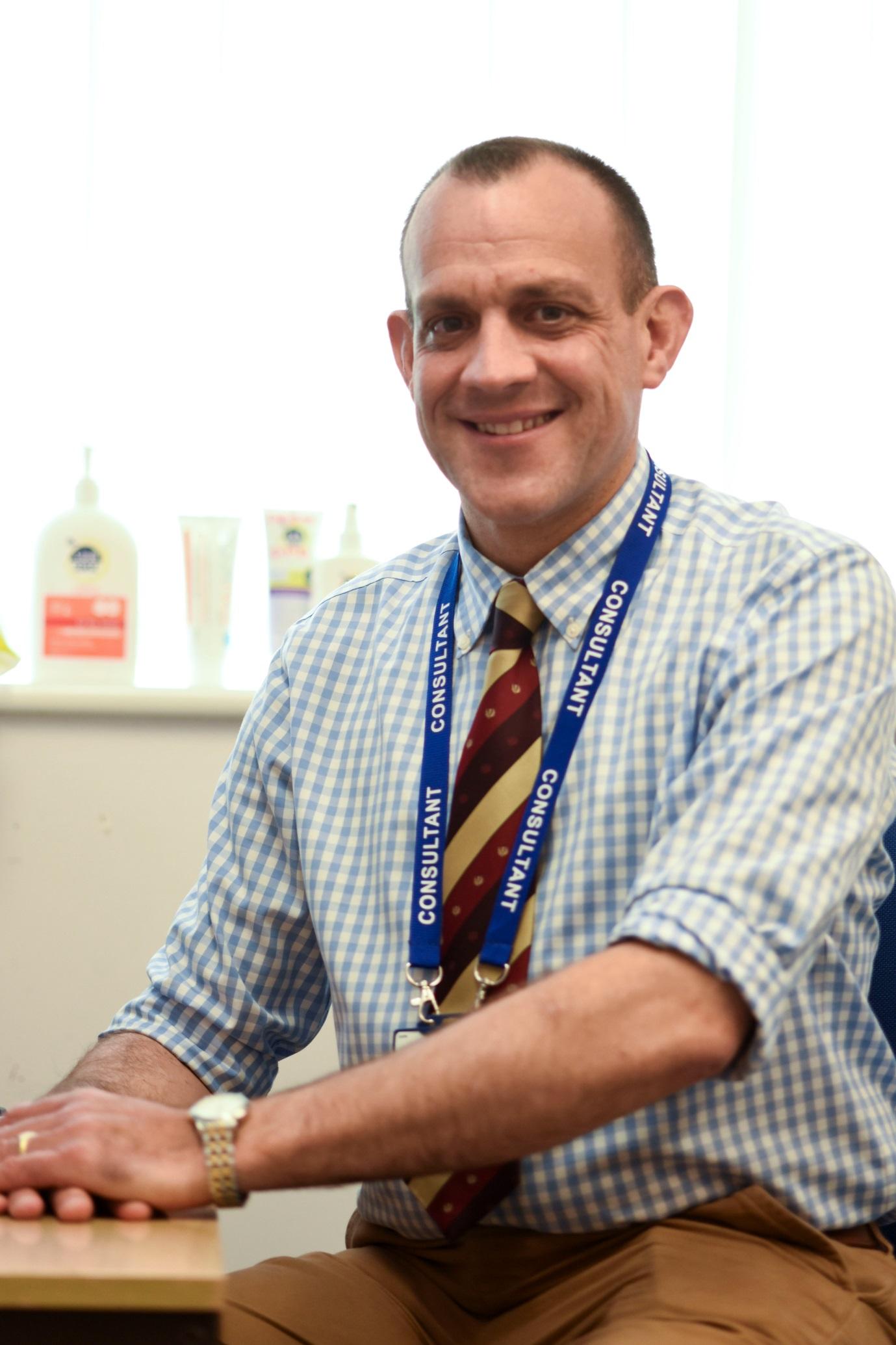 Dr Christopher Heaton