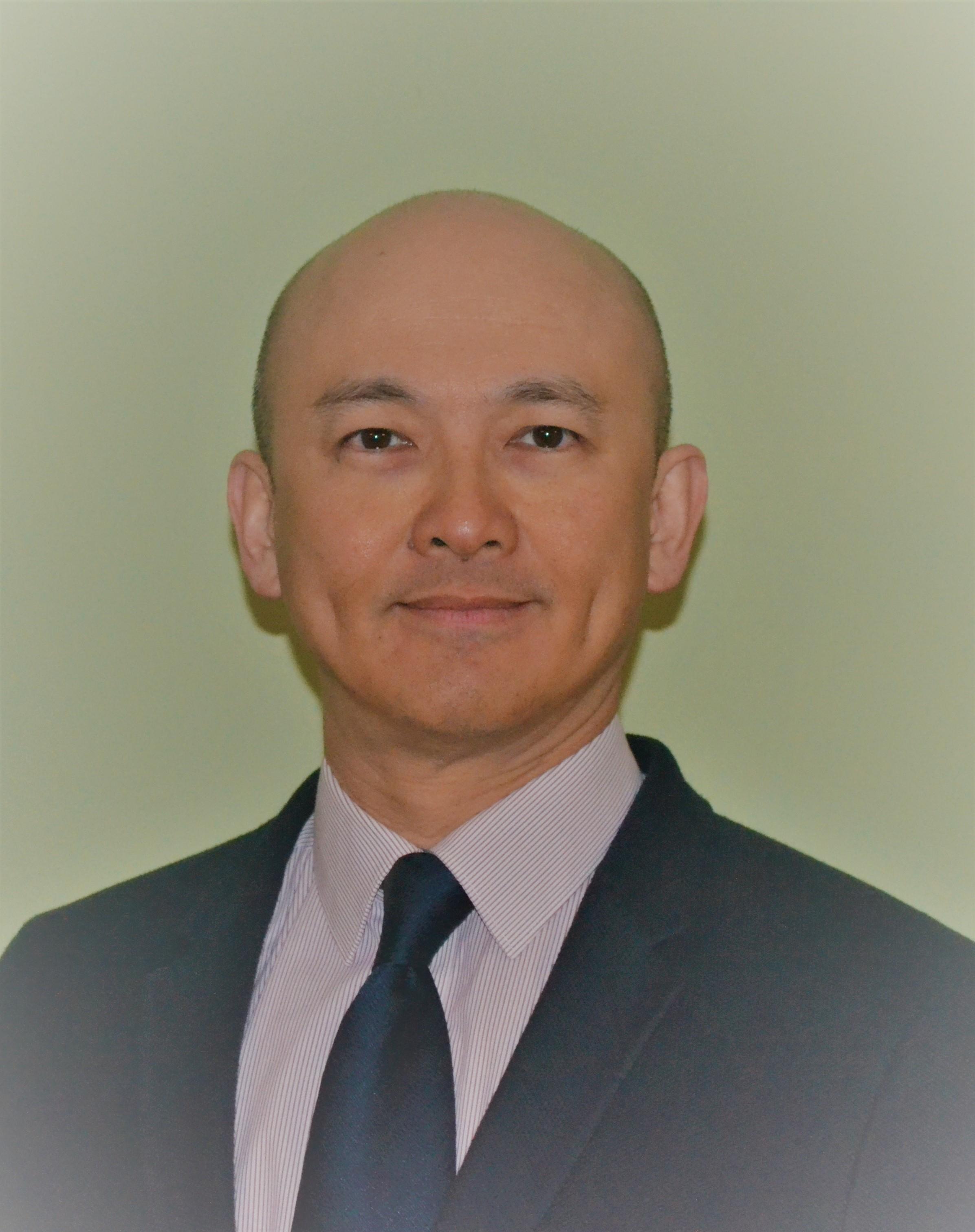 Dr Kevin Yoong