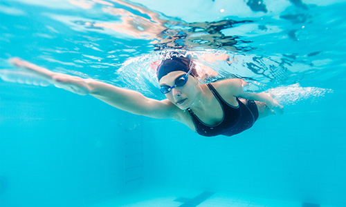 How to swim front crawl | Nuffield Health