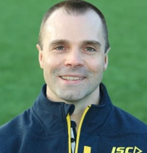 Dr Alastair  Jones
