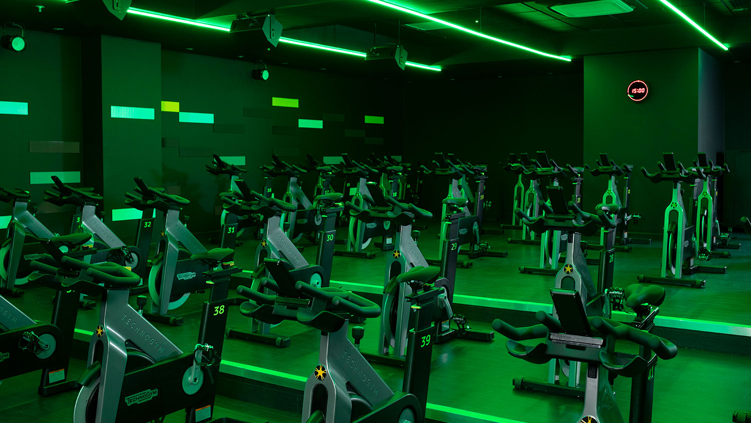 Gym in Ealing, Fitness & Wellbeing   Nuffield Health