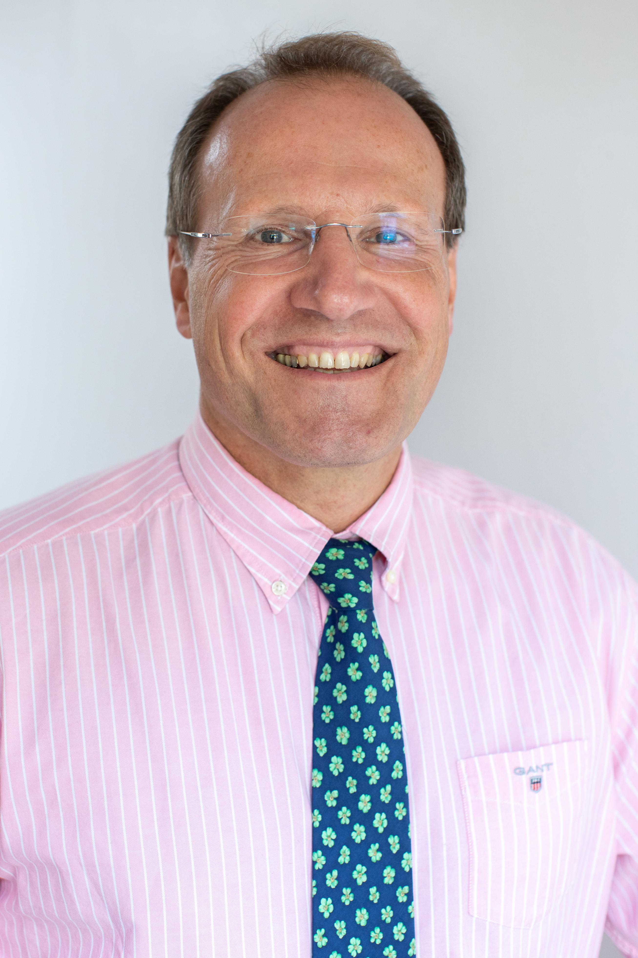 Mr Ulrich Meyer-Bothling